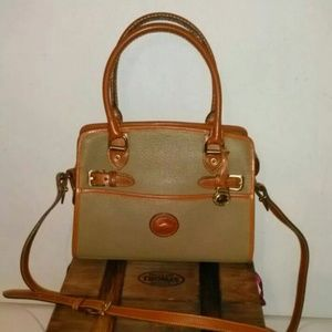 Vintage authentic Dooney and Bourke pebbled all we